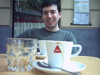 DEDICACIÓN A LOS CAFESES
